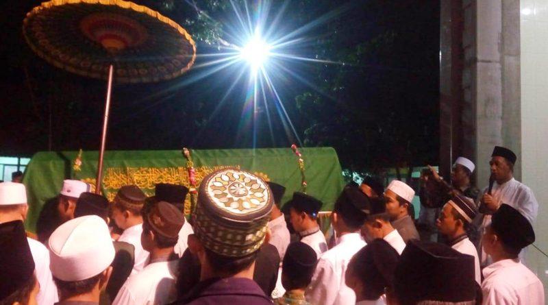 Kajian Islam : Ruh Orang Meninggal pada Malam Jum'at
